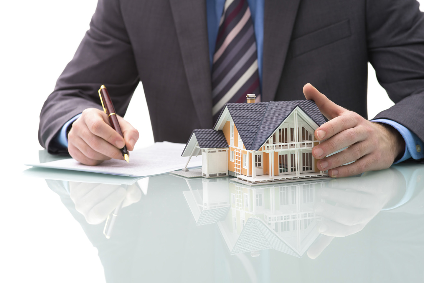 Fundamental Tips You Need to Know When Choosing a Real Estate Agency.